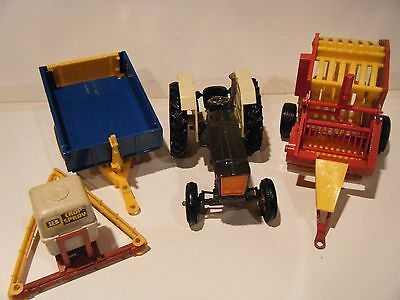 Britains Ford Tractor and Attachments 1/32