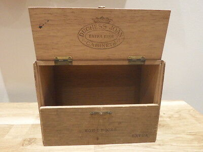 Duchess Joan Extra Fine Cabinets Kohinoors Extra, double hinged latch top cigars