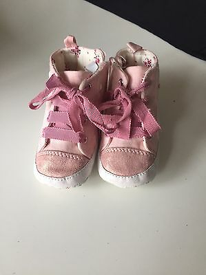 next baby shoes size 2 (6-12 months)
