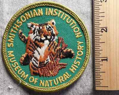 Smithsonian Institution Museum Of Natural History Patch (Museum, Amusement)