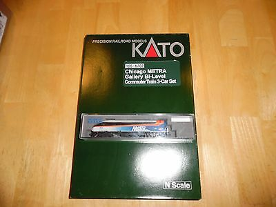 N Scale Metra Loco MP36PH & Chicago Metra Gallery Bi-Level commuter set 106-8702