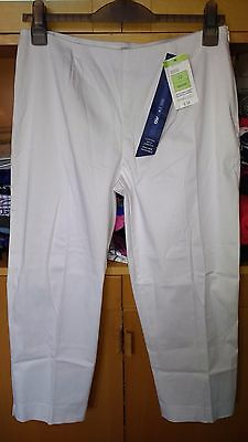 White M&S size 12 short cropped cotton with stretch capri trousers BNWT RRP £18