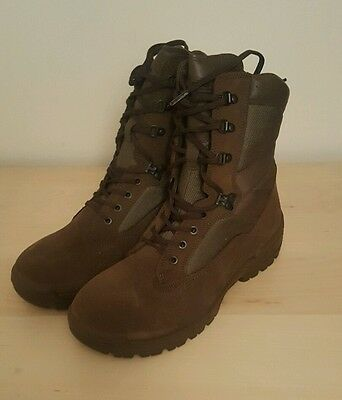 Brand mew British Army YDS Falcon desert boots size 10