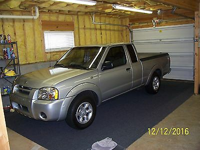 2004 Nissan Frontier See photos and options 2004 Nissan Frontier 4x2 XE pickup truck