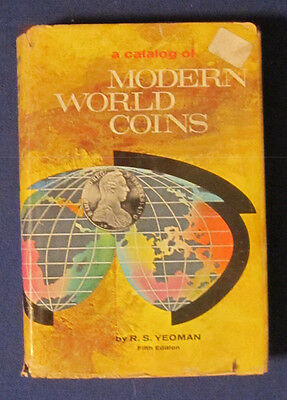 """VINTAGE """"A CATALOG OF MODERN WORLD COINS"""" FROM 1962 - 5th EDITION"""