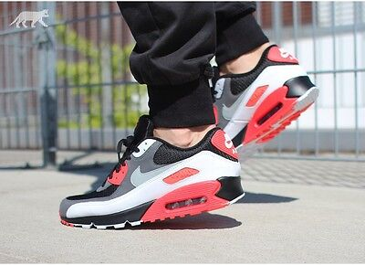 Nike Air Max 90 Essential  Black Grey & Red  Trainer - size 10 UK/EUR 45 New