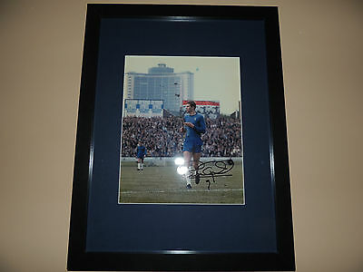 Signed 12x8 photo  Mounted and Framed Peter Osgood  Chelsea  COA