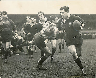 "TREVOR WINTLE ST MARY'S HOSPITAL, NORTHAMPTON & ENGLAND RUGBY PHOTO 10"" x 8"""