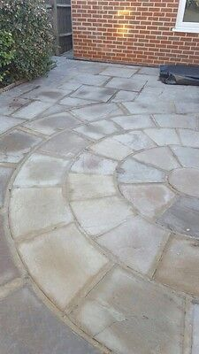 Paving slabs, 5 x 3 m2 Approx Yorks/Derby Stone Looks Great
