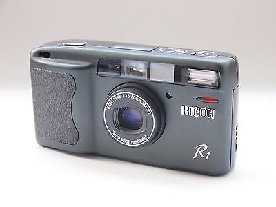 Ricoh R1 Date Camera, Olive Green ( Spares or Repair ) Stock No u7184