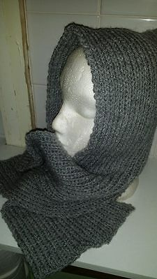 childs knitted  hat and neck warmer
