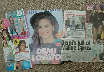 Demi Lovato poster + clippings *FANSET!*