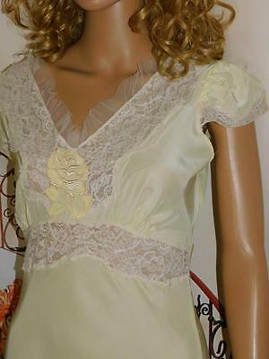 34 Lady Edso 1940's Vintage Gown Hollywood Glam Retro Lace & Embroidered Detail