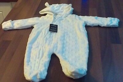 Baby Boy Or Girl Soft White Valour All In One ~ New With Tags ~ Firstsize
