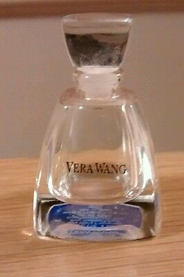 Vera Wang 4ml bottle *Empty*. Collectable