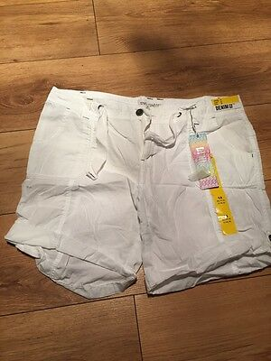 Size 14 White Shorts New With Tags