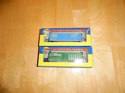 N scale Athearn lot of 2 weathered 50' Box cars New!