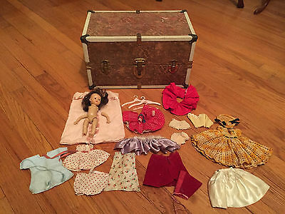 """Vintage Story Book Doll """"MUFFIE"""" Lot of Clothes & Trunk"""