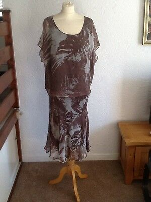 Size 18 Windsmoor Skirt And Top