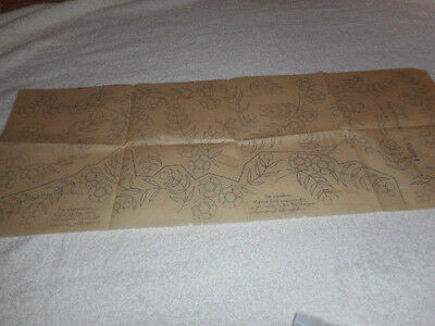 Vintage Embroidery Iron On Transfer -Beyer No.030599 - Flowers