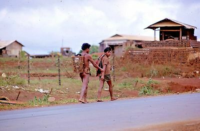 Vietnam Slide- USAF GI w/9TH APS at PLEIKU AB/CAMP HOLLOWAY Collection #22