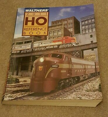 Walthers Ho Model Railroad Reference Book 2011