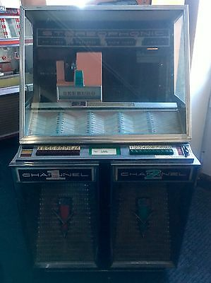 1958 Seeburg 220 Jukebox Project Can Deliver