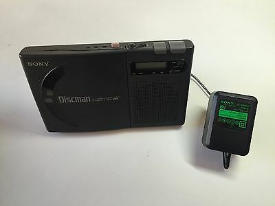 SONY DISCMAN D-1000 CD COMPACT PLAYER -Built-in Speaker - GREAT CONDITION! RARE