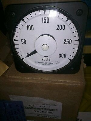 New Old Stock General Electric GE Model 8DW91 DC Volt Meter 0-75 Volts.