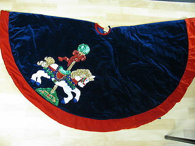 Sequined Christmas Carousel Horse Lined Puffy Quilted Tree Skirt Bling 52 Inch
