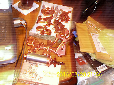 Vintage 1965 Mirro Cookie Cutters And Decorator & 6 Tips LOOK!