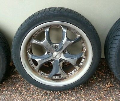 """4 x king mag wheels rims 18"""" inch . came off vz holden crewman"""