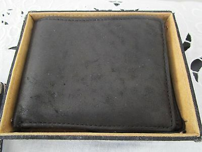 Mens Leather Wallet - Brand New in leather box