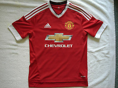 Manchester United Home Football Jersey Size 15 - 16 youth Memphis & 7 on back