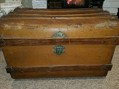 Old Vintage Large Metal Box Storage Chest Trunk Coffee Table/toy Box Shabby Chic