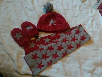 Next boys hat gloves and scarf