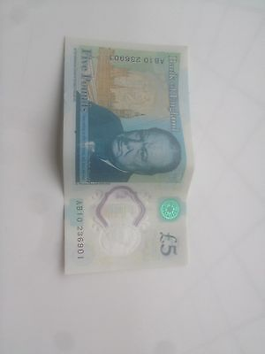 AB10 £5 Note