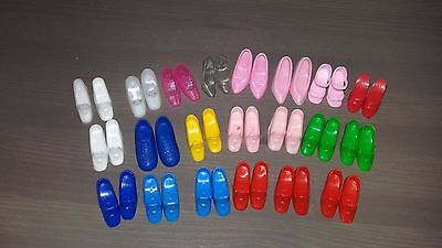 Vintage lot of 21 pairs of Barbie shoes