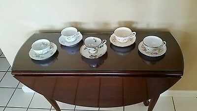 Lot of 5 teacups and saucers. Bavaria and haviland