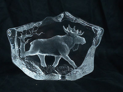 Mats Jonasson Paperweight Reindeer Large with Label Excellent Signed MJ