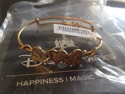 New ALEX AND ANI Disney Mickey & Minnie Mouse Kissing Heart BRACELET Gold
