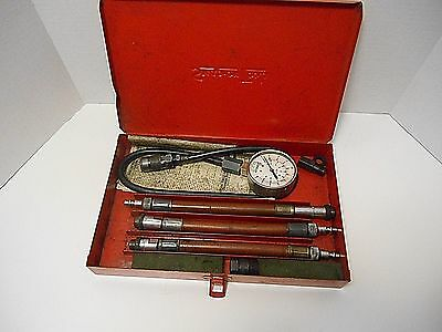 Snap-on  '0-250 Pound Gauge Compression Tester with medal Case'    Metric