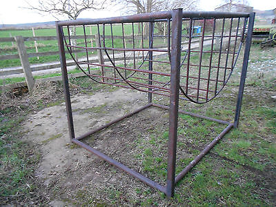 Sheep cattle stock big round hay silage bale ring feeder cradle rack heavy duty