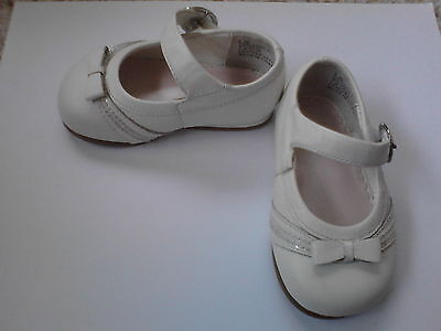 Stride Rite baby / toddler girls shoes sz 3W, cute 4 Easter