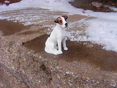R1736 Royal Doulton Dog Figurine Seated Foxhound K7 Mint Condition