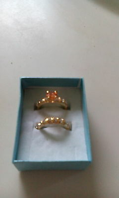 18k gold woman wedding rings