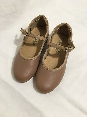 Theatricals Size 9.5 M Youth Girls Tan Tap Dance Shoes
