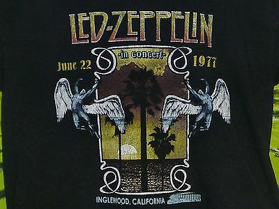 LED ZEPPELIN In Concert INGLEWOOD CALIFORNIA 1977 Commemorative T-Shirt L