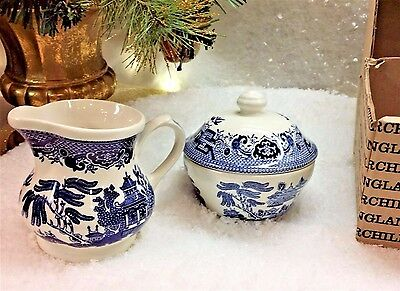 Churchill of England Blue Willow Creamer Sugar Set New with box