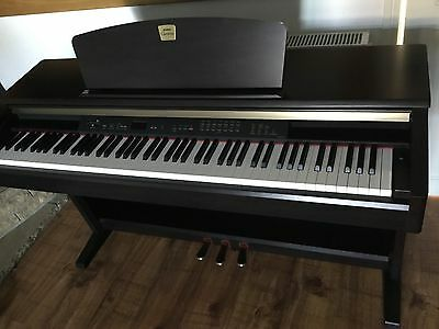 Digital Piano Yamaha Clavinova CLP- 120 FREE 6 MONTH WARRANTY Delivery.